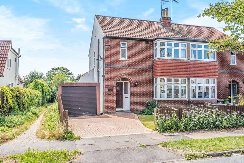 3 Bedrooms Semi Detached House for sale in Leckhampton, Cheltenham