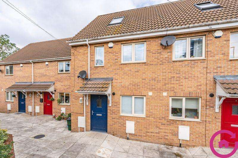 3 Bedrooms Semi Detached House for sale in Tanners Lane, Cheltenham