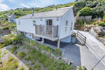2 Bedrooms Detached House for sale in Sennen Cove, Penzance, Cornwall