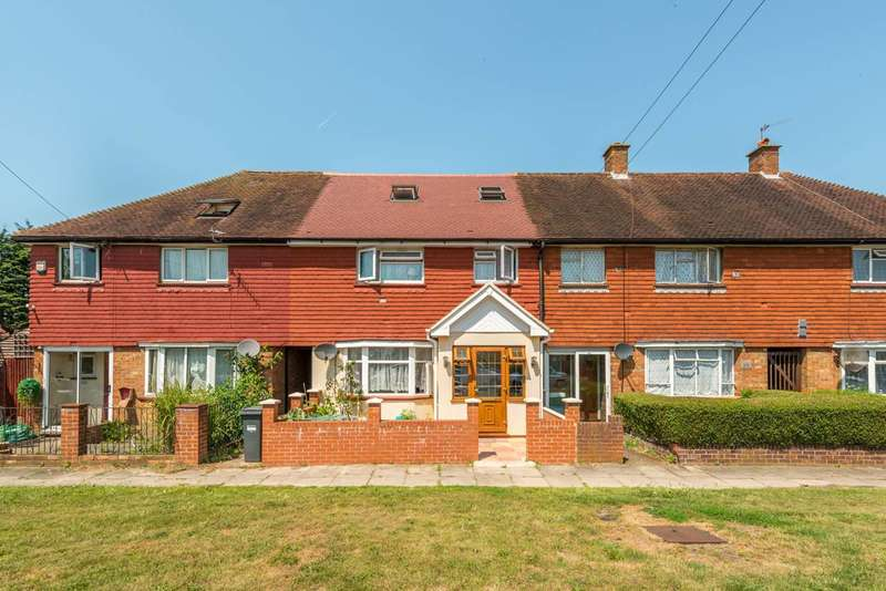 5 Bedrooms Terraced House for sale in Staines Road, Bedfont, TW14