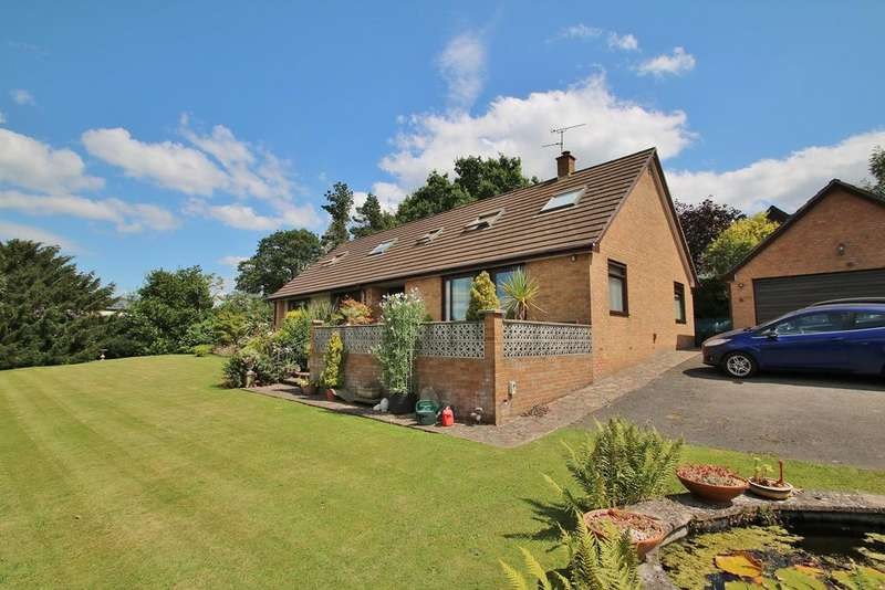 5 Bedrooms Detached Bungalow for sale in Yorkley Wood Road, Yorkley, Lydney, GL15