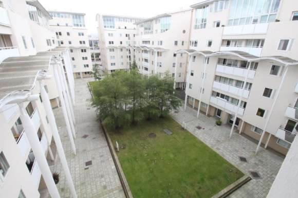 3 Bedrooms Flat for rent in Royal Quay, City Centre, Liverpool, L3