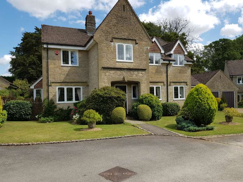 5 Bedrooms Detached House for sale in Highcroft, Minchinhampton, Stroud, Gloucestershire