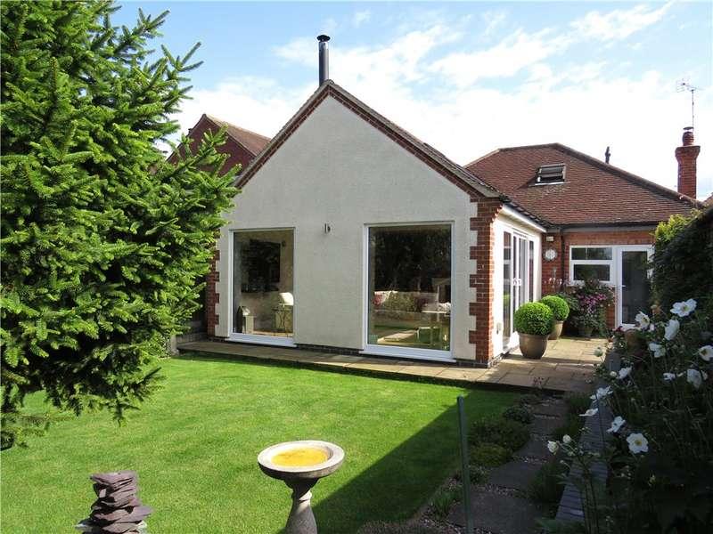 3 Bedrooms Detached Bungalow for sale in Quarn Drive, Allestree, Derby, Derbyshire, DE22
