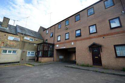 1 Bedroom Flat for sale in 15 Hitches Street, Ely, Cambridgeshire
