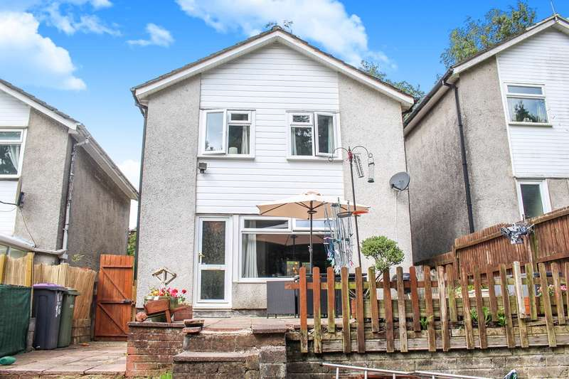 3 Bedrooms Detached House for sale in The Links, Trevethin, Pontypool, NP4