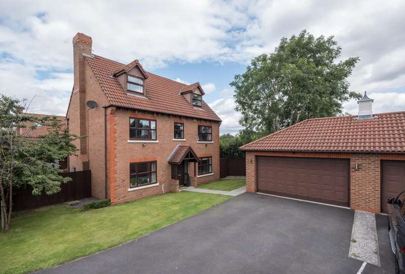 5 Bedrooms House for sale in 5 bedroom House Detached in Kingsmead