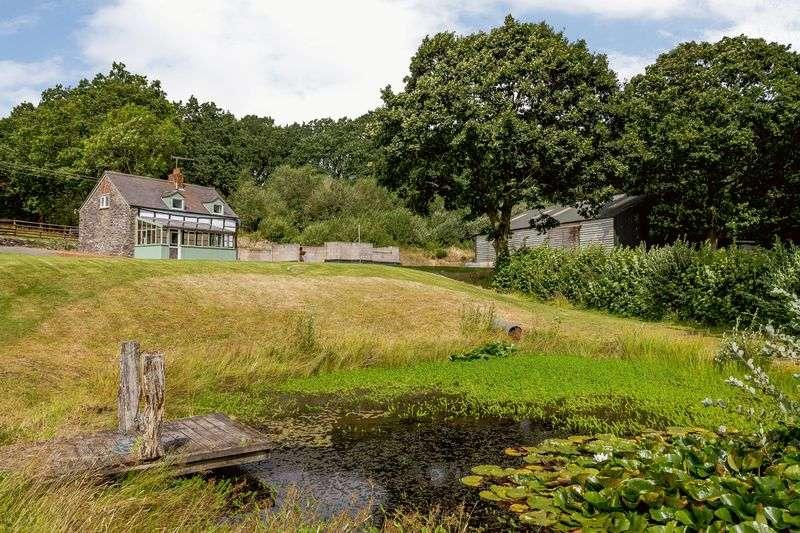 2 Bedrooms Property for sale in Pontrobert, Meifod