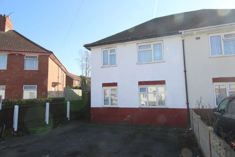 4 Bedrooms Semi Detached House for sale in Victoria Road, Cradley Heath, West Midlands, B64