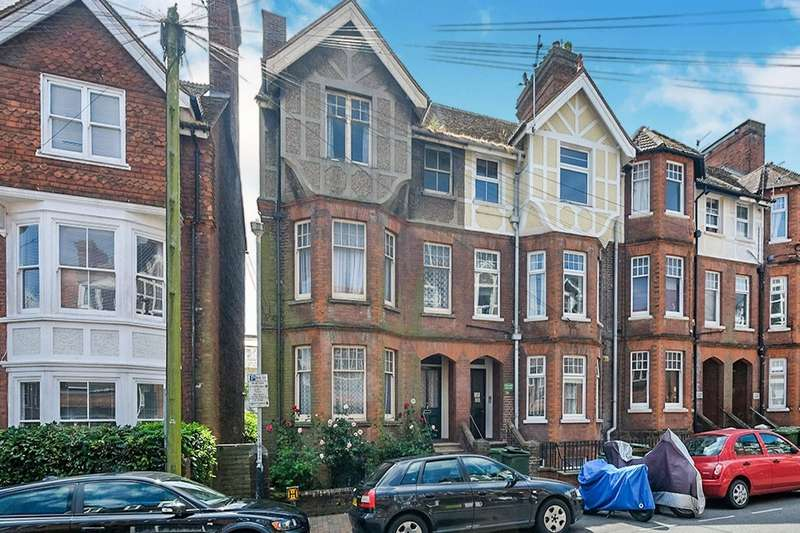 4 Bedrooms House for sale in Lime Hill Road, Tunbridge Wells, Kent, TN1