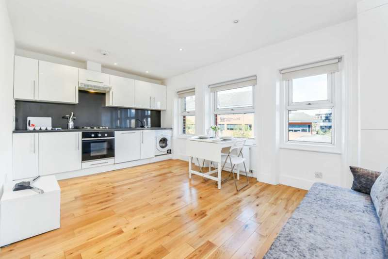 2 Bedrooms Apartment Flat for sale in Stile Hall Parade, Chiswick, W4 3AG