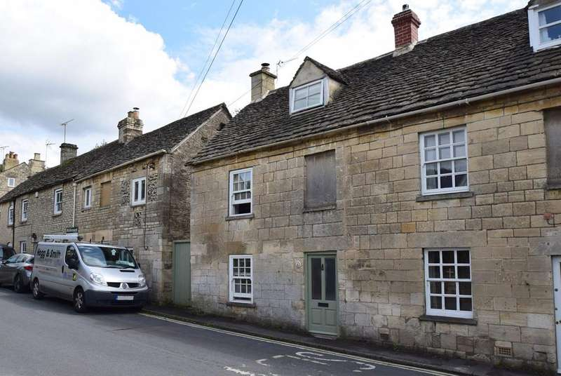 2 Bedrooms Semi Detached House for sale in Butt Street, Minchinhampton, Stroud, GL6