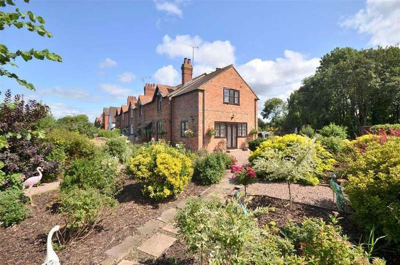 3 Bedrooms Cottage House for sale in Upper Rea, Hempsted, GL2