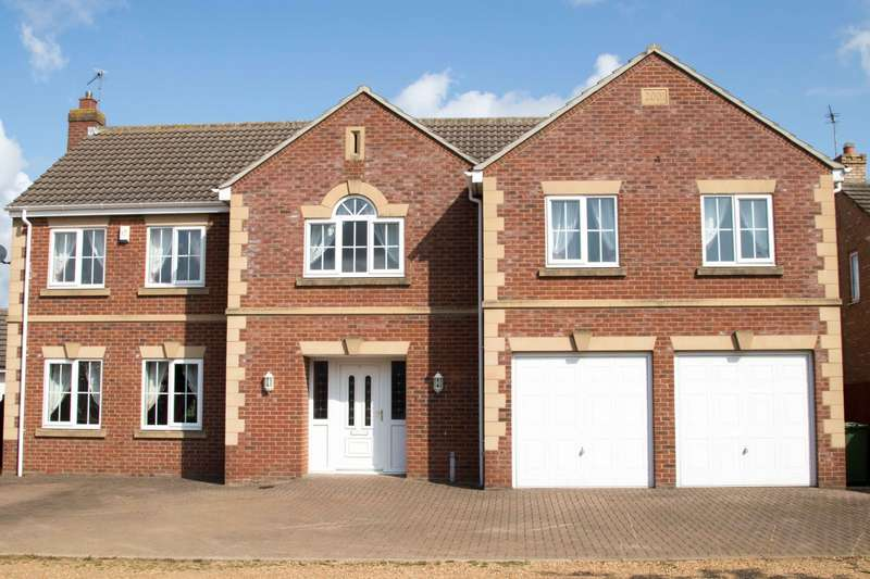 5 Bedrooms House for sale in Waterside Gardens, Whittlesey, PE7