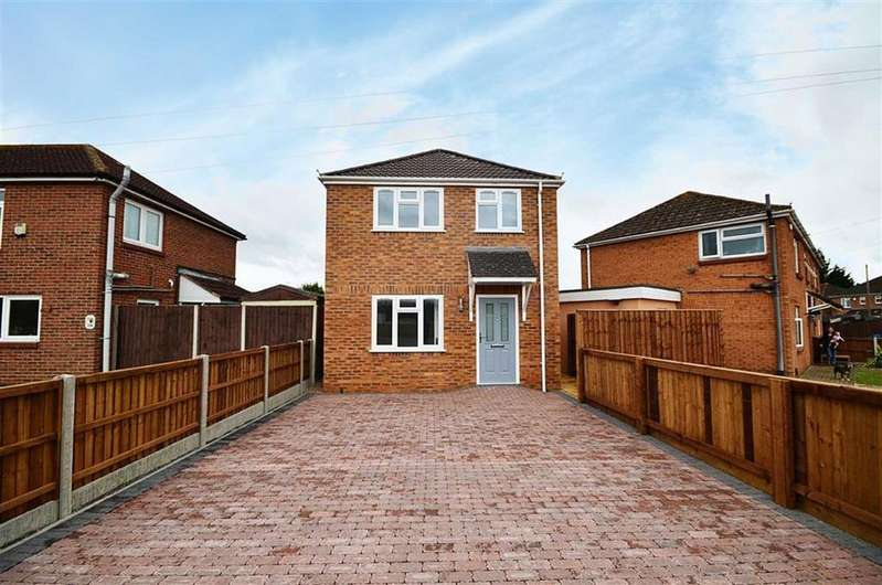 3 Bedrooms Detached House for sale in Innsworth Lane, Churchdown
