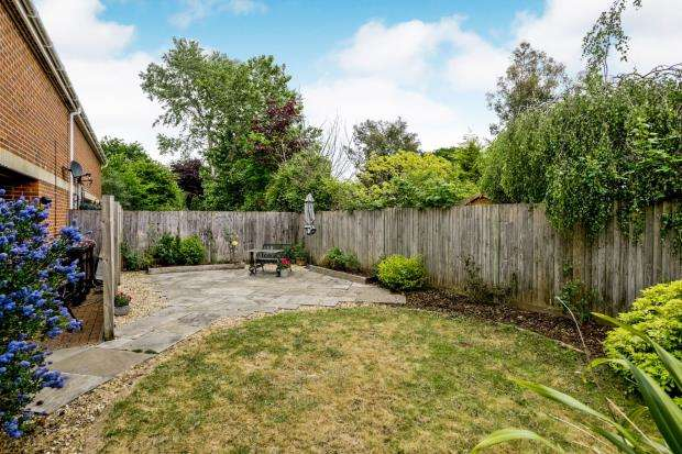 2 Bedrooms Semi Detached House for sale in Emsworth, Hampshire, .