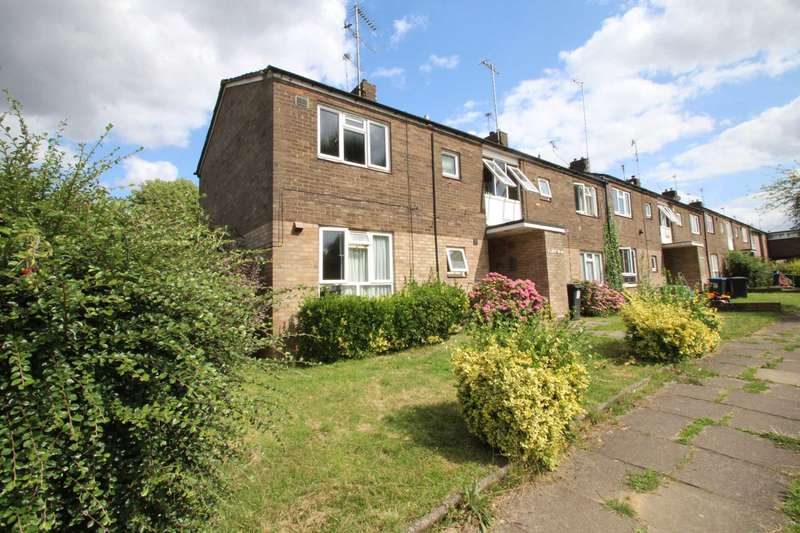 1 Bedroom Flat for sale in NO CHAIN! 1 DOUBLE BED FLAT with PRIVATE GARDEN