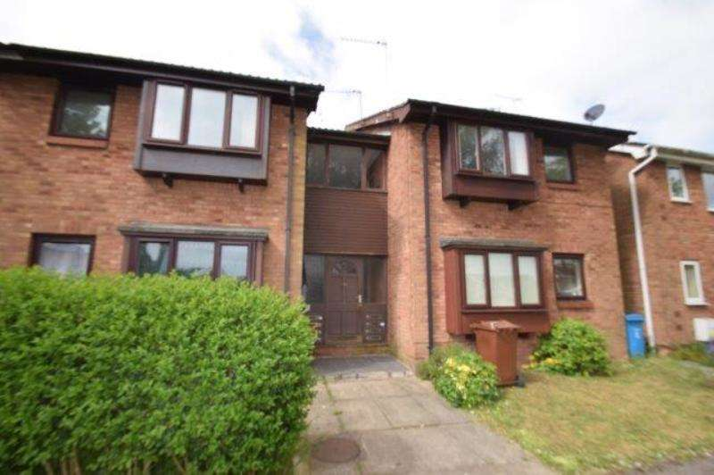 Studio Flat for rent in Greenfield Garth, Hull