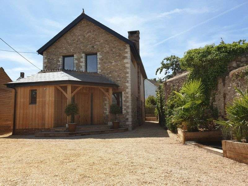 3 Bedrooms Detached House for sale in Colyton