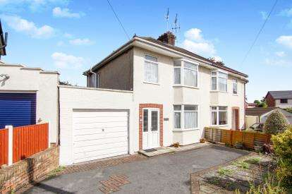 3 Bedrooms Semi Detached House for sale in Windsor Court, Downend, Bristol