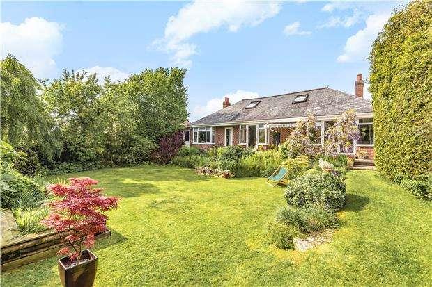 4 Bedrooms Detached House for sale in Langfords Lane, Hallatrow, BS39 6HE