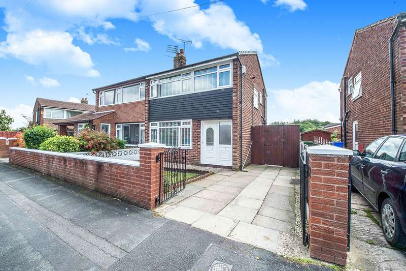3 Bedrooms Semi Detached House for sale in Cawfield Avenue, Widnes, Cheshire, WA8