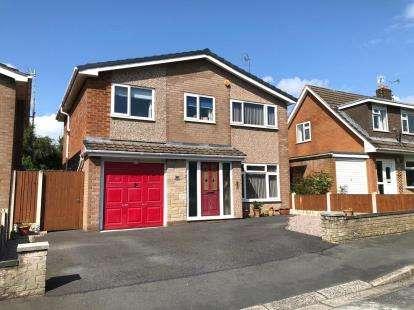 4 Bedrooms Detached House for sale in Moel Gron, Mynydd Isa, Mold, Flintshire, CH7