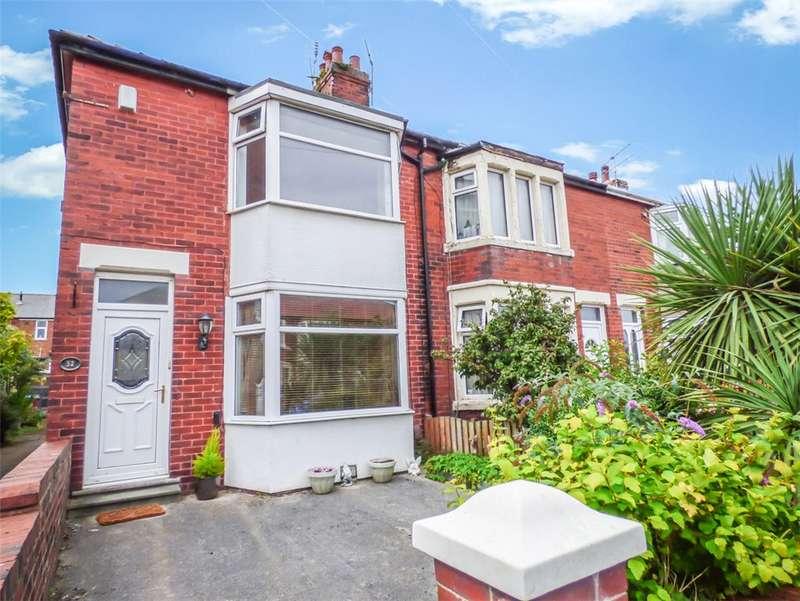 2 Bedrooms Link Detached House for sale in Doncaster Road, Stanley Park, Blackpool