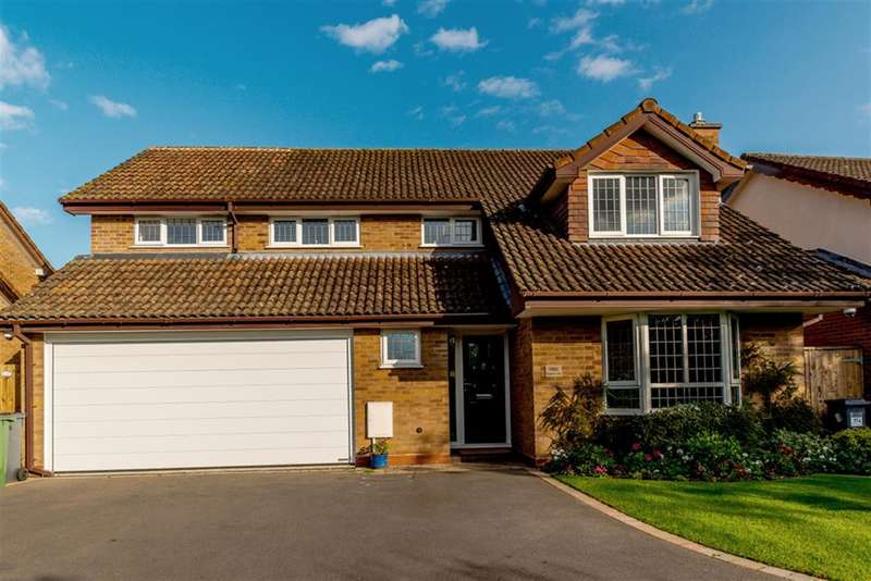 4 Bedrooms Detached House for sale in Browns Lane, Knowle, Solihull, B93 9BD