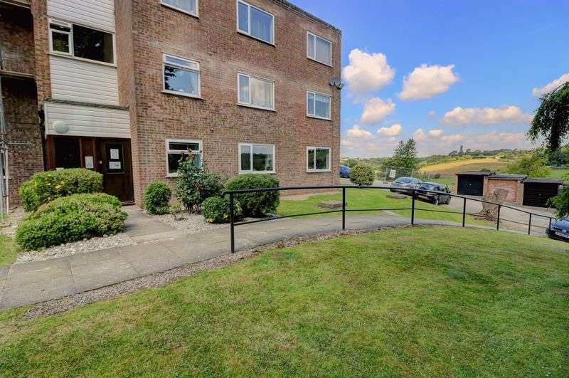 2 Bedrooms Property for sale in Heywood Court, Middleton