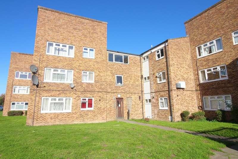 1 Bedroom Flat for sale in Rowan Drive, Broxbourne