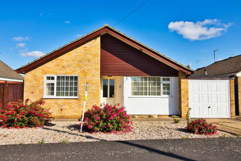 2 Bedrooms Bungalow for sale in Eastrea Road, Whittlesey, PE7