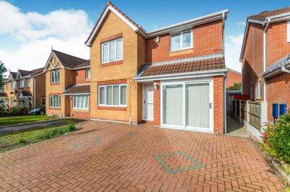3 Bedrooms Detached House for sale in Rushy View, Newton-Le-Willows, Merseyside