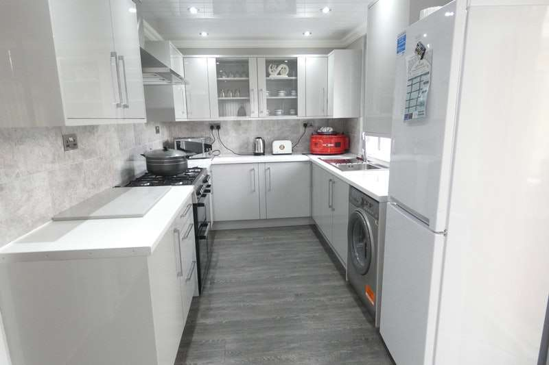 3 Bedrooms Semi Detached House for sale in Waidshouse Road, Nelson, Lancashire, BB9