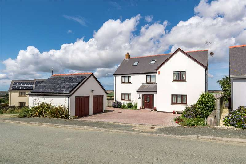 6 Bedrooms Detached House for sale in Westering, Maes Ffynnon, Roch, Haverfordwest