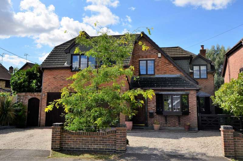 4 Bedrooms Detached House for sale in Headley Road, Billericay