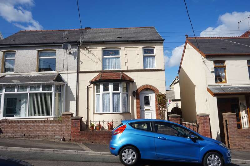 3 Bedrooms Semi Detached House for sale in Maes-Y-Graig Street, Bargoed, CF81