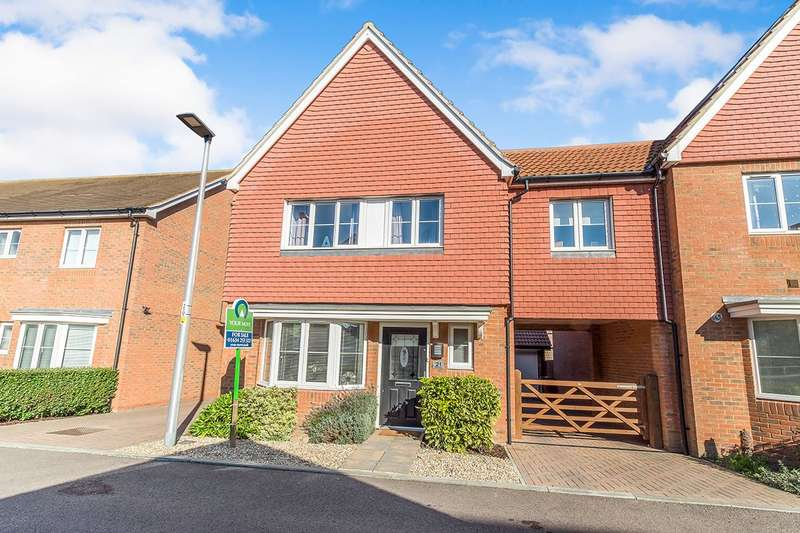 3 Bedrooms Semi Detached House for sale in The Fields, Hoo, Rochester, Kent, ME3