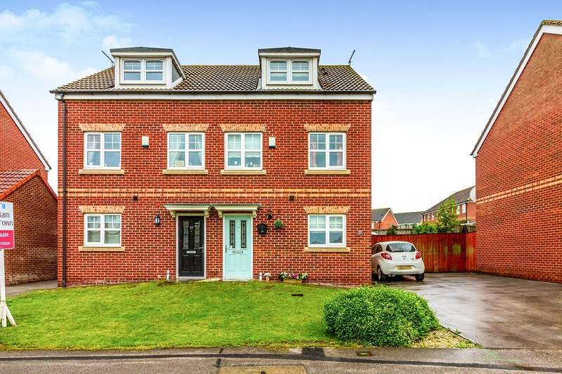 3 Bedrooms Semi Detached House for sale in Kingsway, Grimethorpe, Barnsley, South Yorkshire, S72