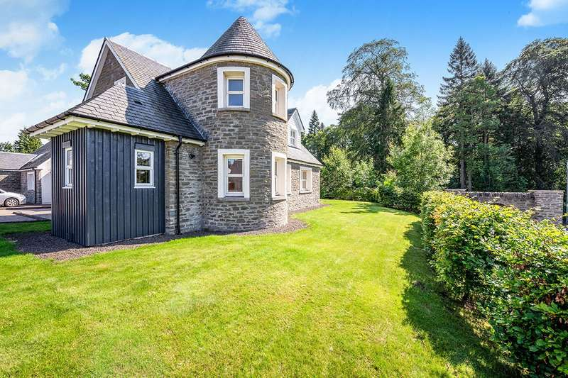 4 Bedrooms Detached House for sale in Bearehill Way, Brechin, Angus, DD9