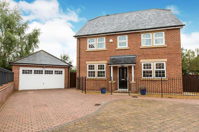 5 Bedrooms Detached House for sale in Galloway Green, Congleton, Cheshire, CW12
