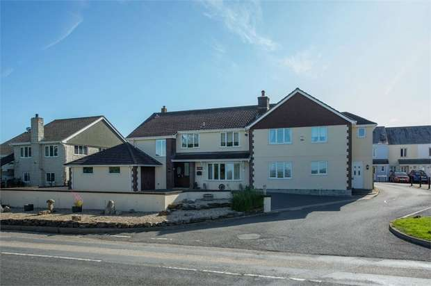 8 Bedrooms Detached House for sale in Byway, Widegates, Looe, Cornwall
