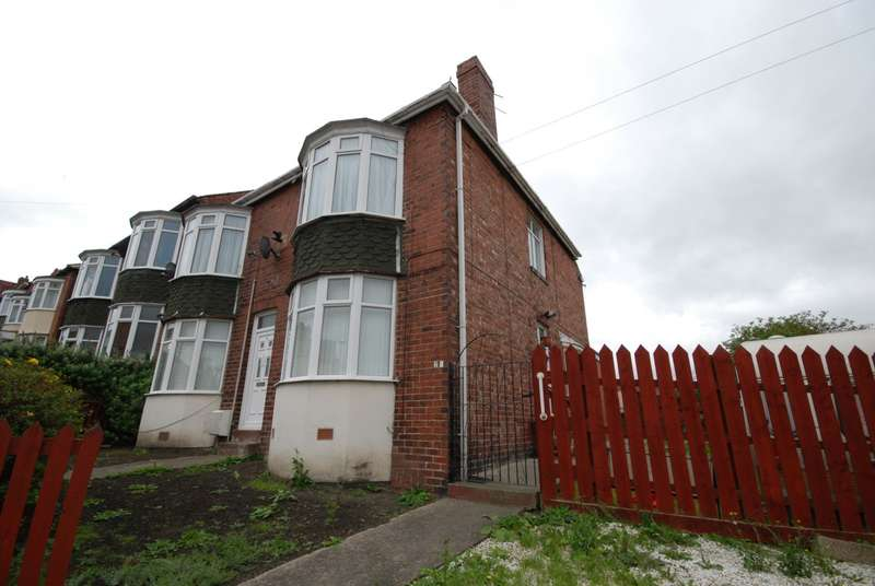 3 Bedrooms Flat for sale in Clyde Street, Gateshead