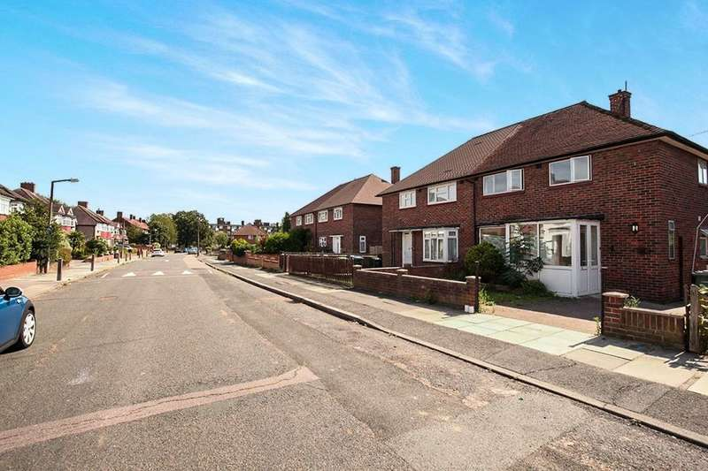 2 Bedrooms Detached House for rent in B Restons Crescent, London, SE9