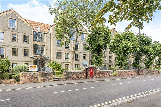 2 Bedrooms Flat for sale in Cumberland Rd, Bristol, BRISTOL, BS1 6UF