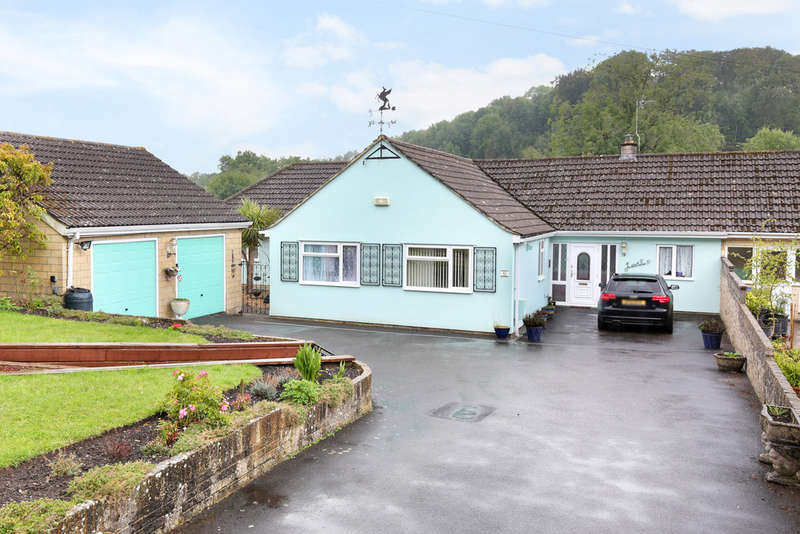3 Bedrooms Semi Detached Bungalow for sale in Elm Hill, Warminster