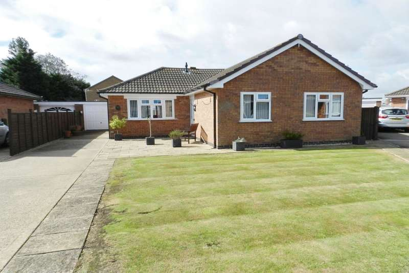 3 Bedrooms Detached Bungalow for sale in Morrison Close, Sutton-On-Sea, Mablethorpe, LN12