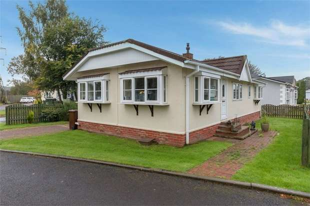 2 Bedrooms Park Home Mobile Home for sale in Beechtree Park, Denny, Falkirk