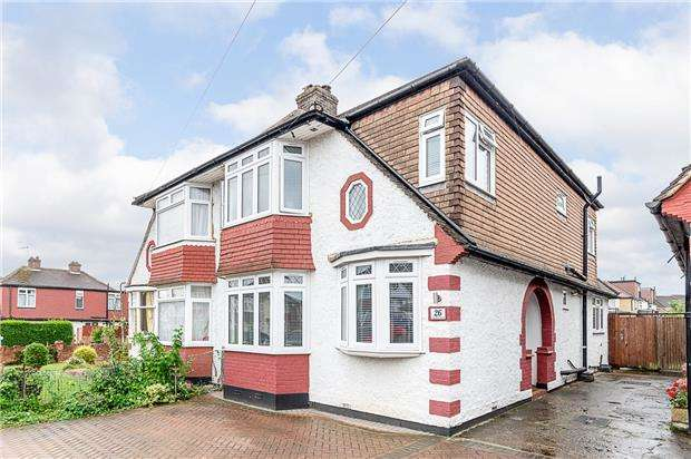 4 Bedrooms Semi Detached House for sale in Caversham Avenue, Cheam, Surrey, SM3 9AH