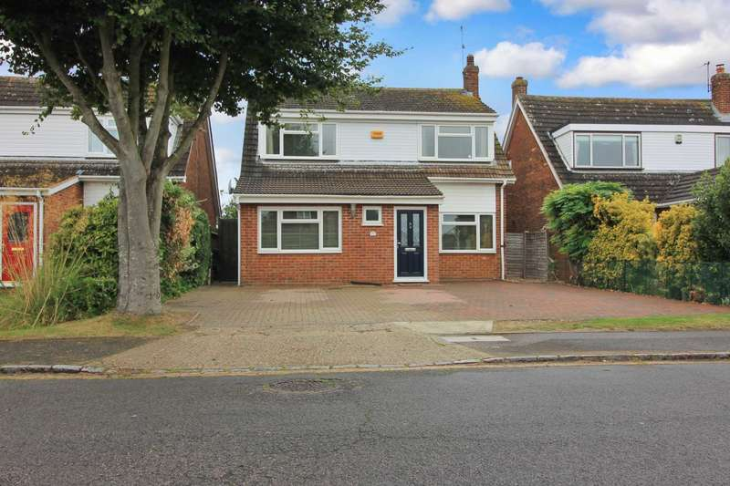 4 Bedrooms Detached House for sale in Albion Road, Pitstone